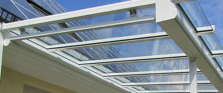 Beschattung Terrassendach Glaseindeckung Ambitop
